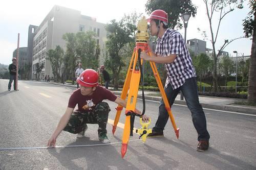 房屋变形测量